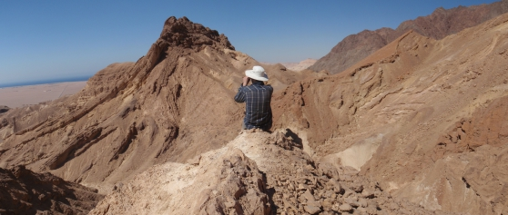 Photo: VISTA project 6261 Post Doc Martin Muravchik. Field work in Suez Rift, Egypt 2014.